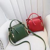 女士小包包2018新款單肩斜挎包時尚百搭水桶包韓版手提包簡約小包  良品鋪子