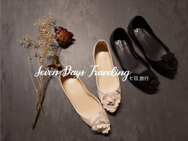 大尺碼女鞋小尺碼女鞋尖頭法式優雅立體永生花平底鞋娃娃鞋包鞋黑色(35-43)現貨#七日旅行