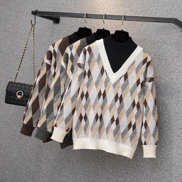 VK旗艦店 韓系寬鬆復古菱格紋針織大碼V領單品長袖上衣