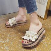 涼拖鞋女夏新款鬆糕厚底一字拖韓版時尚外穿珍珠平底沙灘拖鞋 時尚芭莎