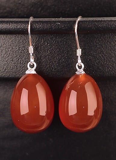 [協貿國際]天然紅瑪瑙水滴耳環925純銀耳勾單對價