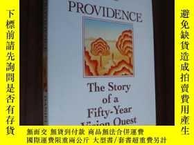 二手書博民逛書店Providence:The罕見story of a fifty