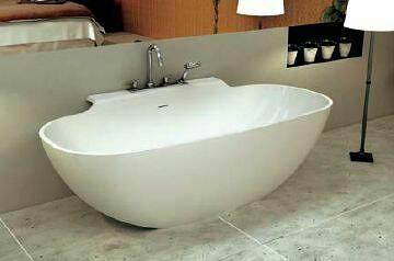 【麗室衛浴】一體成型人造石椭圆形獨立浴缸  YL6056  1800*900*610mm