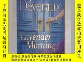 二手書博民逛書店英文原版罕見Lavender Morning (Edilean)