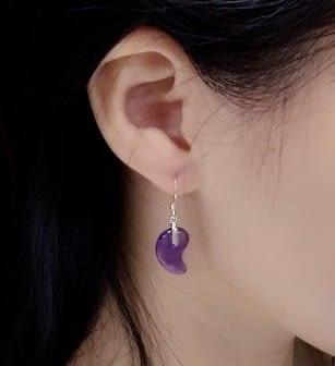 [協貿國際]天然紫水晶勾玉耳環925純銀耳勾單對價