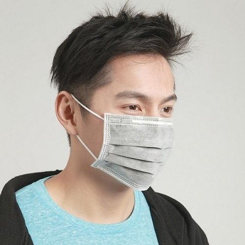 【雨晴牌-四層活性碳不織布口罩】(中層熔噴) 防廢棄味佳 無異味 新素材耳帶久戴不痛 可批發