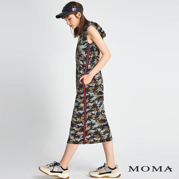 MOMA 迷彩連帽背心洋裝