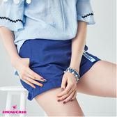 【SHOWCASE】休閒款側拉鍊吊飾修身短褲(藍)