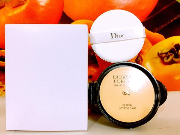 Dior 迪奧超完美持久氣墊粉餅 15g (粉蕊012+粉撲) (百貨公司專櫃正貨白盒裝) 色號: 012