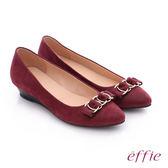effie 都會舒適 絨面壓紋環環相扣低跟鞋  酒紅