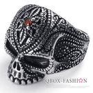《 QBOX 》FASHION 飾品【R10022469】精緻龐克風點線紋鑲鑽骷髏頭鑄造鈦鋼戒指/戒環