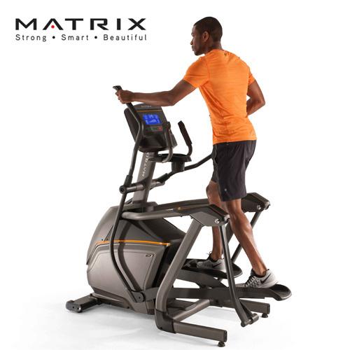 JOHNSON喬山 Matrix Retail E30-02 懸吊式橢圓訓練機 [XR控制面板]