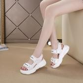 涼鞋女 厚底涼鞋 仙女風沙灘坡跟平底夏季新款百搭網紅潮韓版女鞋子《小師妹》sm4849