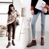 丁果、大尺碼女鞋34-43►韓版明星款藝紋雕花尖頭中跟切爾西靴馬丁靴短靴子*3色