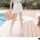《BA6289-》純色質感後鬆緊排釦造型短褲 OB嚴選