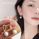 銀針耳環《可改耳夾式》質感珍珠霧面打結不對稱防過敏S925銀針耳針 (SRA0141) AngelNaNa