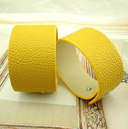 最新款 引領潮流 朋克 精美黃色高檔PU皮質手鏈/手鐲