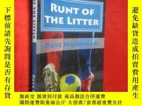 二手書博民逛書店Runt罕見of the Litter 【詳見圖】Y5460 D