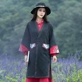 春秋新款女裝特色云南民族風繡花拼色V領喇叭袖風衣外套洋裝‧復古‧衣閣