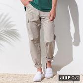 【JEEP】美式經典舒適休閒口袋長褲 (淺卡其色)