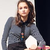 【SHOWCASE】繡花領帶造型襯衫領條紋棉質T恤(深藍)