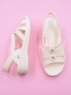 護士涼鞋女夏2020透氣塑料白色坡跟套腳媽媽休閒鞋舒適軟底沙灘鞋