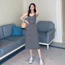 VK精品服飾 韓國風復古田園格紋蕾絲邊高腰無袖洋裝