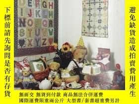 二手書博民逛書店Celebrate!罕見with Little Quilts