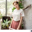 《AB6153》花草刺繡設計高含棉圓領上...