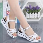 坡跟涼鞋女2020夏季新款平底學生簡約百搭時尚中跟韓版厚底鞋 露露日記
