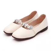 MICHELLE PARK 花朵女孩 柔軟牛皮小花一字帶包鞋-米白
