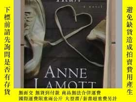 二手書博民逛書店英文原版罕見Crooked Little Heart by An