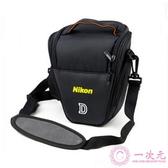尼康單反相機包 單肩攝影包 三角包D90 D7000 D5300 D5200 D3200
