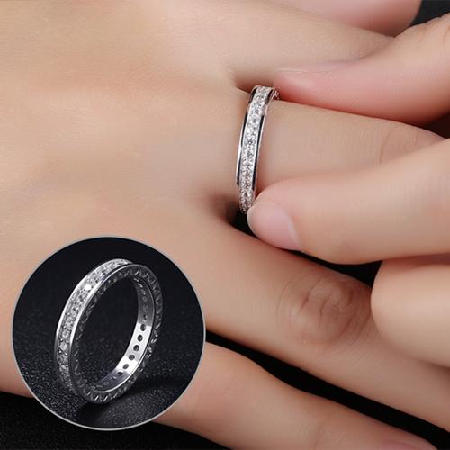 《 QBOX 》FASHION 飾品【R100N001】精緻唯美環鑽鋯石永恆925銀K戒指/戒環
