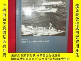 二手書博民逛書店Naval罕見Blockades and Seapower:St