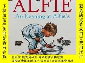 二手書博民逛書店An罕見Evening at Alfie's(精裝小開本,英國格林威獎金牌得主Shirley Hughe插畫)