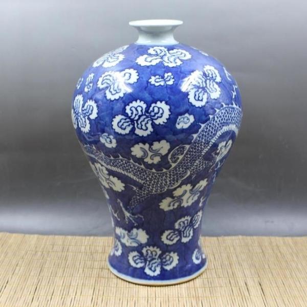 清康熙青花藍地白花穿花龍紋梅瓶 手工仿古老貨瓷器擺件 古董古玩1入