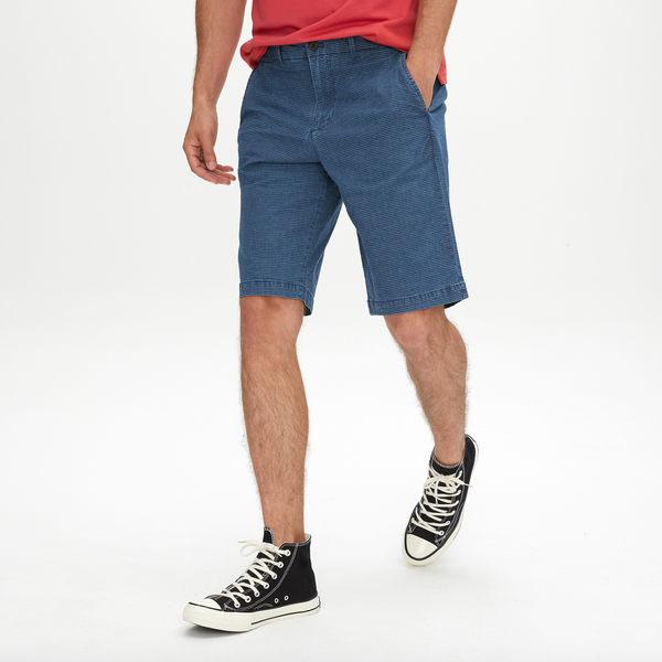 Gap男裝 休閒彈力復古青年布短褲 440868-靛藍條紋