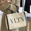 ■專櫃88折■全新真品■Valentino VLTN 帆布大款購物包