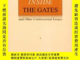 二手書博民逛書店Barbarians罕見Inside The Gates And Other Controversial Essa