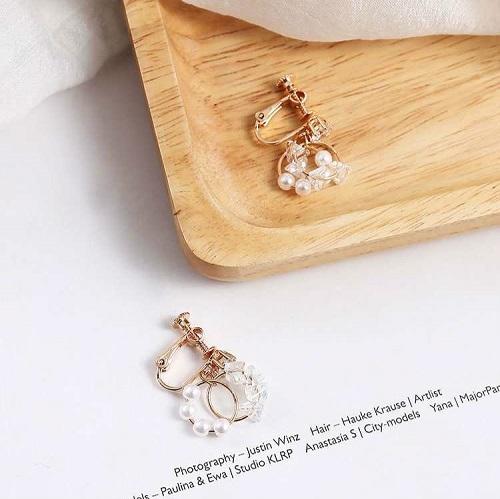 【NiNi Me】韓系耳環 氣質甜美單鑽珍珠圓圈水晶鋯石耳針 夾式耳環 E0157