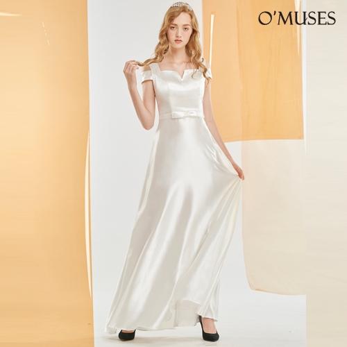 OMUSES V領露肩伴娘婚紗訂製白色長禮服