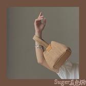 側背包少女凹造型可愛手提草編包2020新款小眾個性度假風鍊條側背編織包 suger