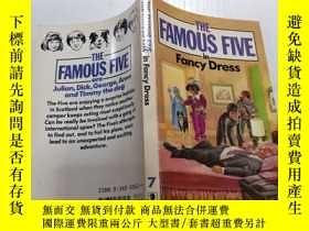 二手書博民逛書店The罕見famous five in fancy dress:著名的五人化裝舞會Y212829