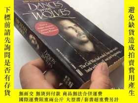 二手書博民逛書店MICHAEL罕見BLAKE DANCES WITH WOLVES 【英文原版】Y8147 出版1988