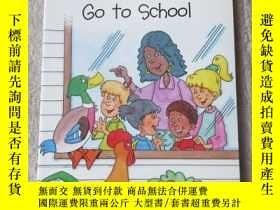 二手書博民逛書店Duck罕見and Rooster Go to School(S