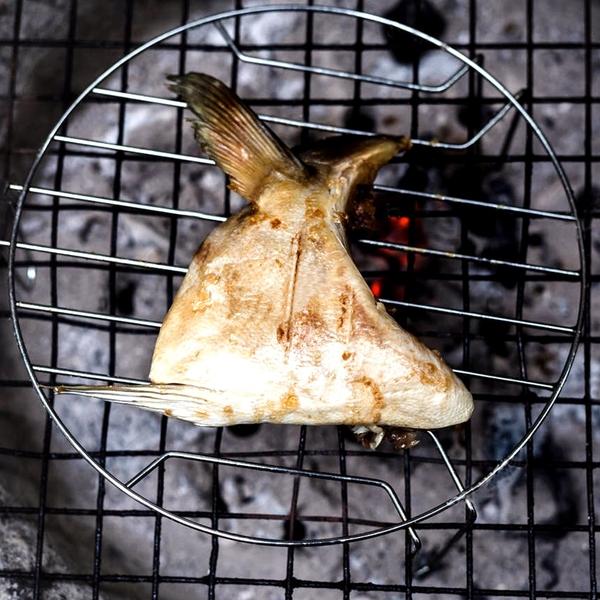 ㊣盅龐水產 ◇青甘下巴◇日本製 鰤魚下巴 160G±10%/片 零$230/片 歡迎團購 燒烤 聚會 夯肉