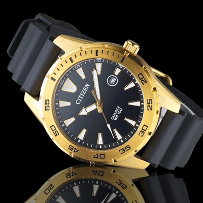 CITIZEN星辰潮流型男時尚腕錶 BI1043-01E 金銅色