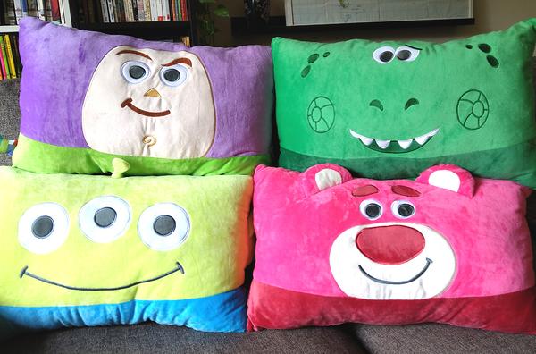 【卡漫城】 玩具總動員 絨毛 雙人枕 二選一 ㊣版 枕頭 巴斯光年 長枕 Buzz 抱抱龍 Rex Toy Story