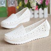 洞洞鞋 夏季坡跟防滑護士鞋平底白色涼鞋女夏塑料鏤空媽媽鞋工作鞋洞洞鞋 晶彩生活